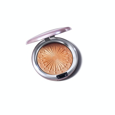Extra Dimension Skinfinish / Frosted Firework in Flare For The Dramatic