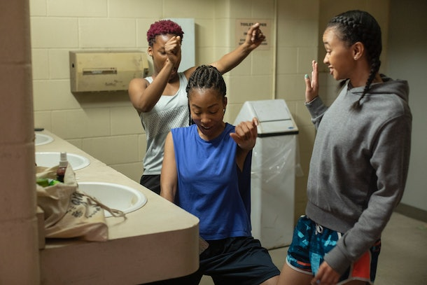 GRAND ARMY (L to R) BRITTANY ADEBUMOLA as TAMIKA JONES, ODLEY JEAN as DOMINIQUE PIERRE and NAIYA ORTIZ as SONIA CRUZ in episode 101 of GRAND ARMY. Cr. JASPER SAVAGE/NETFLIX © 2020