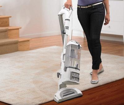 Shark Navigator Lift-Away Professional Vacuum