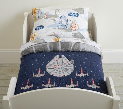 Star Wars™ Millennium Falcon™ Toddler Quilt