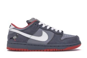 Nike SB Dunk Pigeon