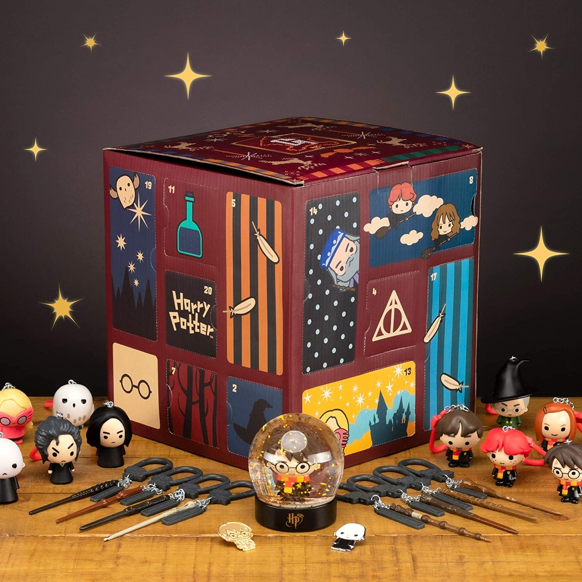 Paladone Harry Potter Advent Calendar Cube with 24 Gifts, Christmas Countdown