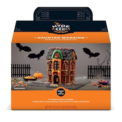 Hyde & EEK! Hyde Manor Mansion Gingerbread House Kit