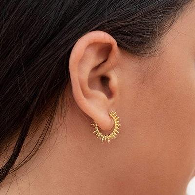 Mevecco Gold Huggie Hoop Earring