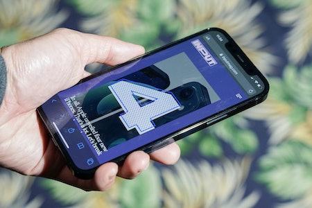 iPhone 12 Pro review retina display