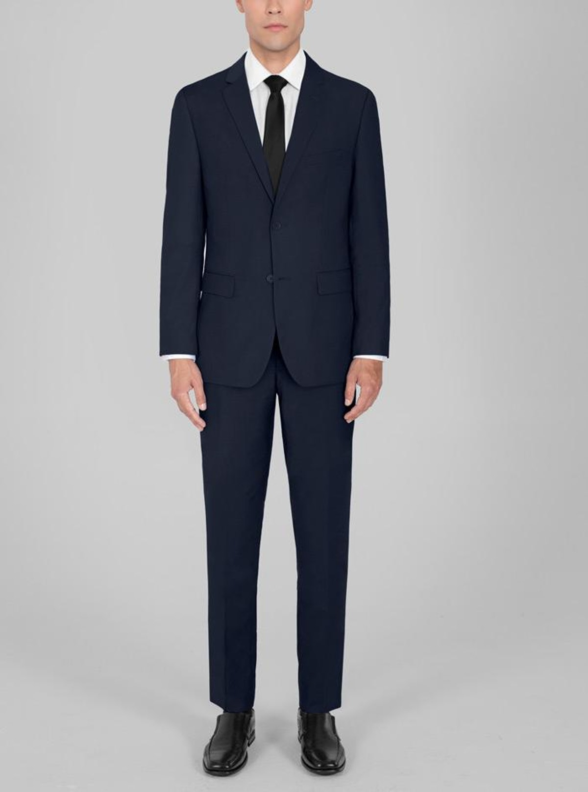 Johnny Rose from 'Schitt's Creek' always wears nice suits.
