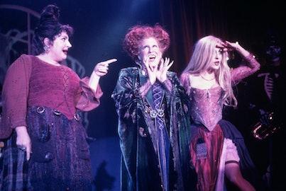 BETTE MIDLER, KATHY NAJIMY, KENNY ORTEGA, SARAH JESSICA PARKER in 1993's Hocus Pocus.
