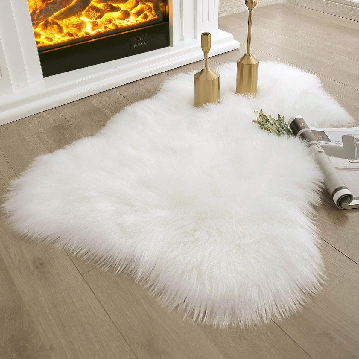 Ashler Home Deco Faux Sheepskin Fur Rug