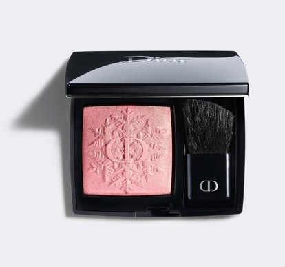 Rouge Blush in 353 Rose Frisson