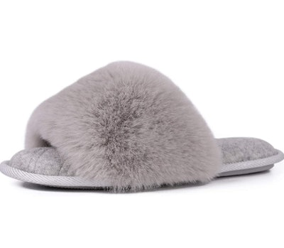 LongBay Women's Fuzzy Slippers
