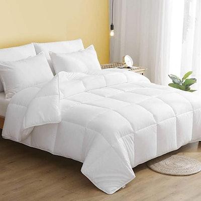 DWR 100% Cotton Lightweight Down Alternative Comforter (Full/Queen)