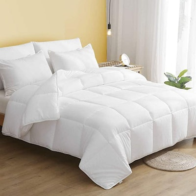 DWR 100% Cotton Lightweight Down Alternative Comforter (Full/Queen)