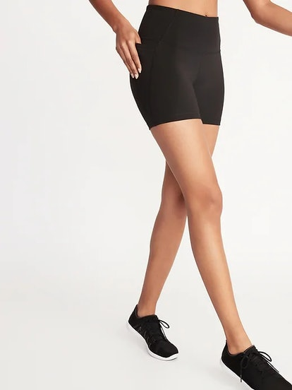 Old Navy High-Waisted Side-Pocket Elevate Compression Biker Shorts for Women