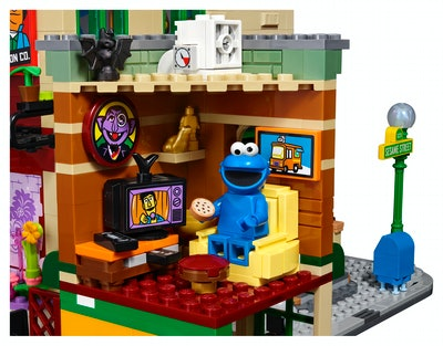 LEGO® Ideas 123 Sesame Street set