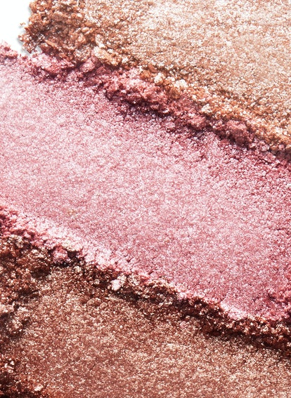 Cover FX just transformed one of it's fan-favorite products into powder form.