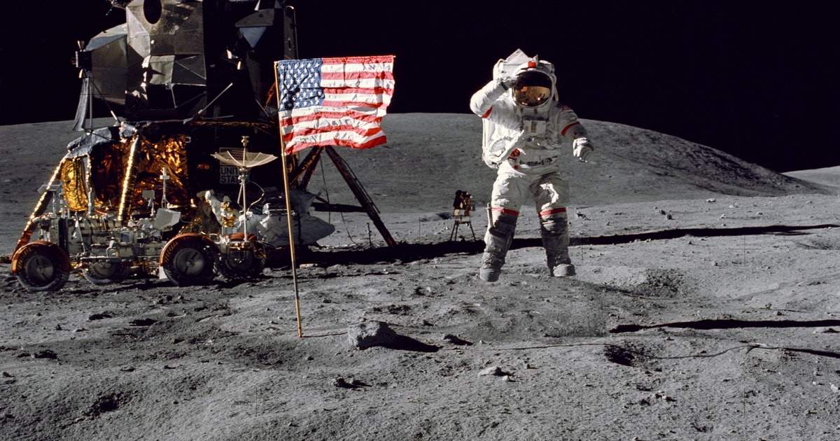 Test your Moon smarts with these 5 questions