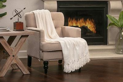 Chanasya Knitted Throw Blanket