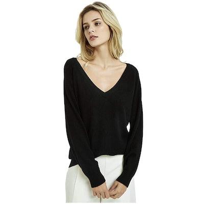 Kallspin V-Neck Wool Blended Sweater