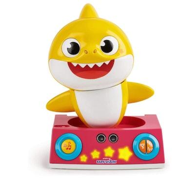 WowWee Pinkfong Baby Shark Dancing DJ (2+)