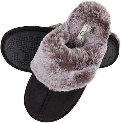 Jessica Simpson Faux Fur Memory Foam House Slipper