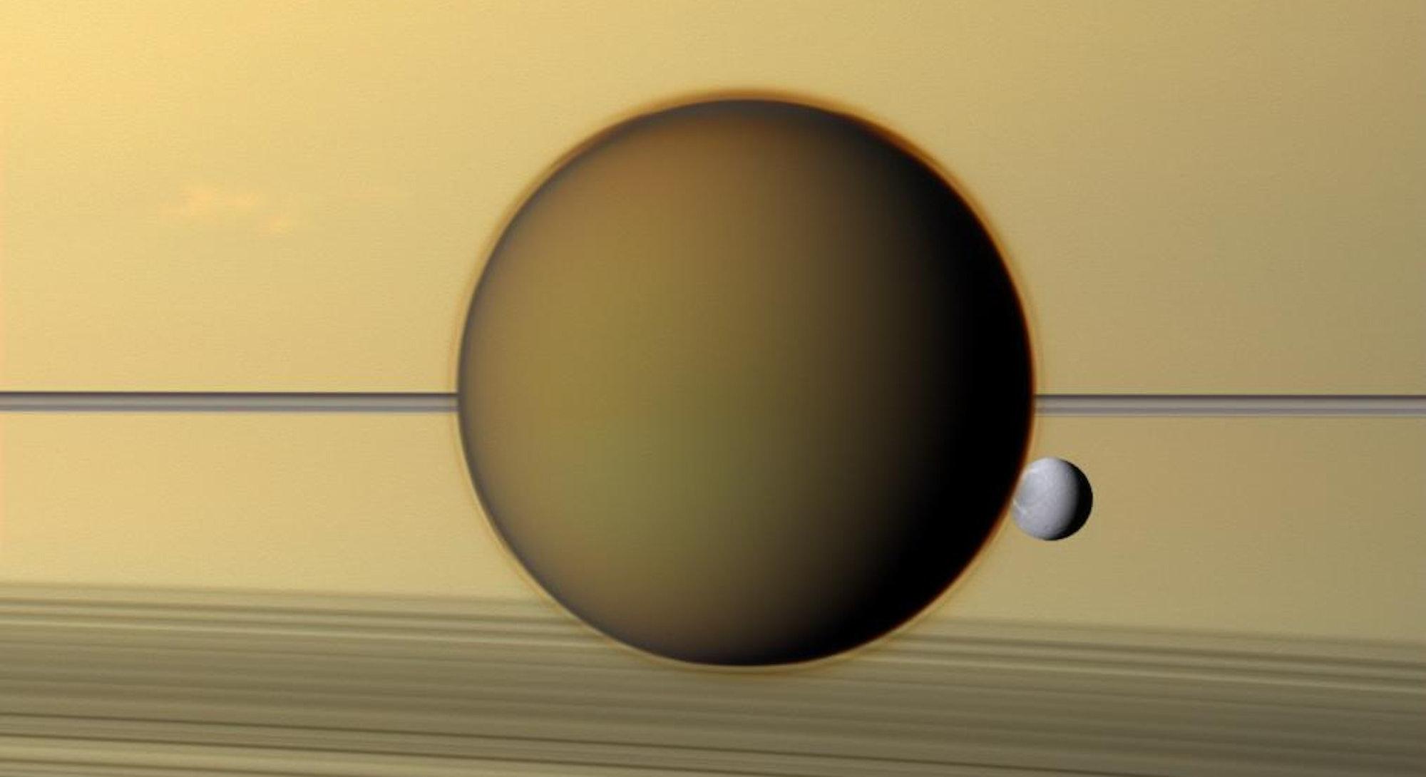 weird molecule in Titan atmosphere