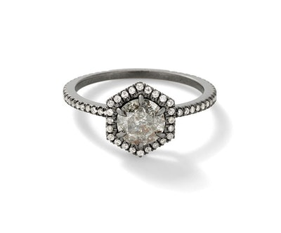 The Grey Nouvelle Ring