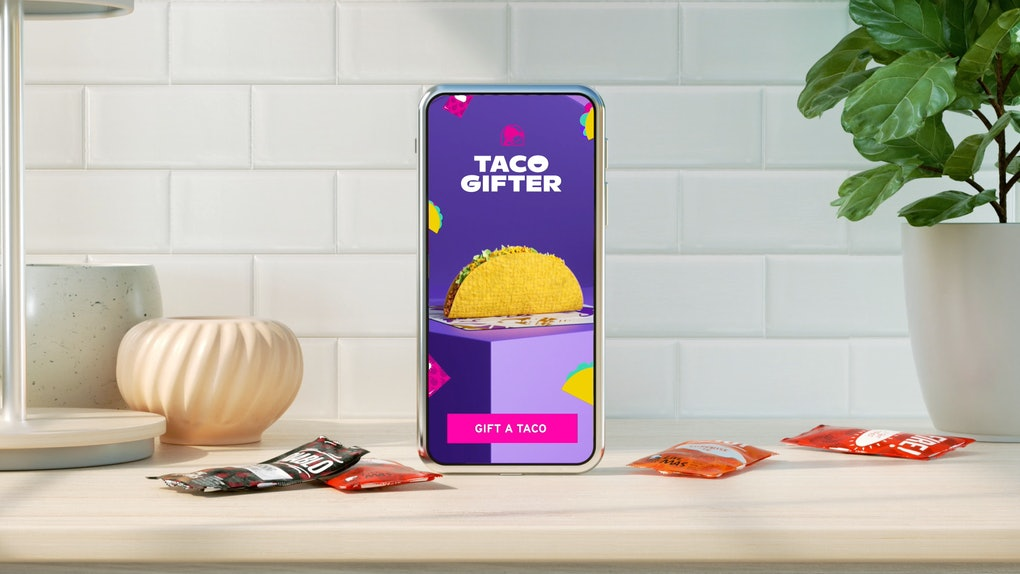 Taco Bell's free Taco Gifter service is the perfect way to celebrate National Taco Day.