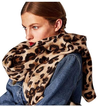 Bestag Leopard Printed Scarf
