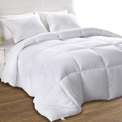 Utopia Bedding Down Alternative Comforter