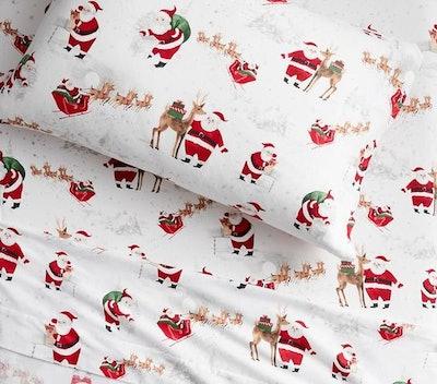 Organic Flannel Heritage Santa Sheet Set & Pillowcases