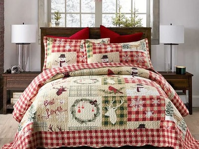 holiday bedding and sheets for the whole family
