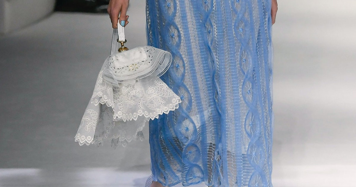 The 7 Bag Trends That Matter Most From The Spring 2021 Runways