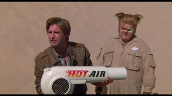 Bill Pullman and John Candy have terrific chemistry
