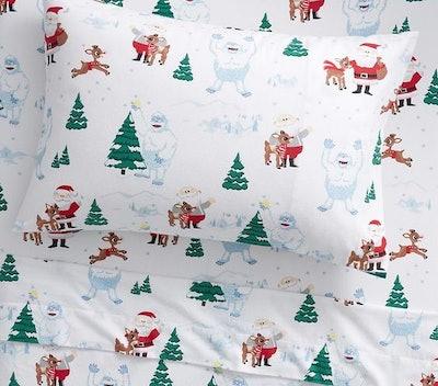 Organic Flannel Rudolph® & Bumble™ Sheet Set & Pillowcases