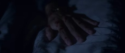 Dani sees a bloody hand in her bed in 'The Haunting of Bly Manor'