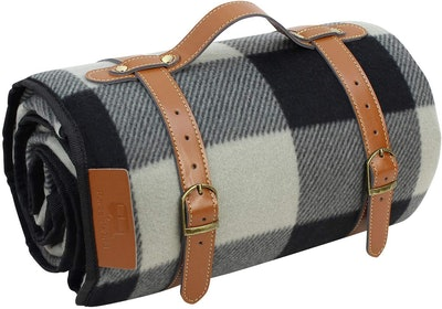 PortableAnd Extra-Large Picnic & Outdoor Blanket