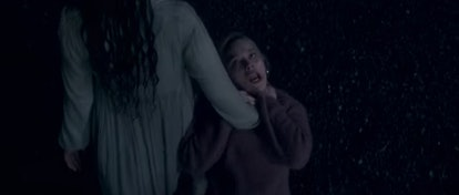 The Lady in the Lake dragging Dani away in 'The Haunting of Bly Manor'