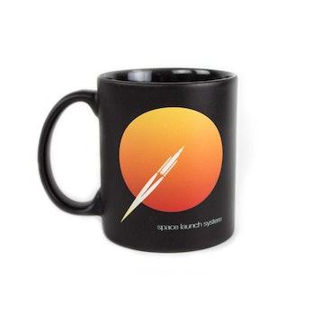 Boeing's mug.
