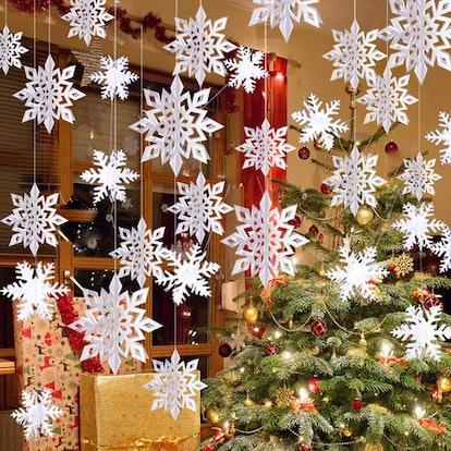 Winter Christmas Hanging Snowflake Decorations