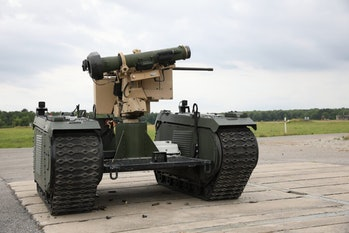 The U.S. Army is develop a series of unarmed robot tanks to protect soldiers on the battlefield.
