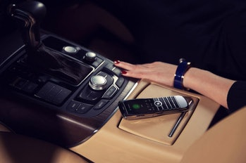 Xor Titanium with the screen on in a luxury car