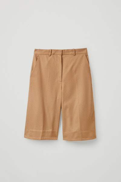 Recycled Wool Mix Oversized Pleated Shorts
