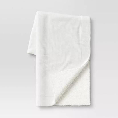 "50""x60"" Solid Plush with Sherpa Reverse Throw Blanket - Wondershop™"
