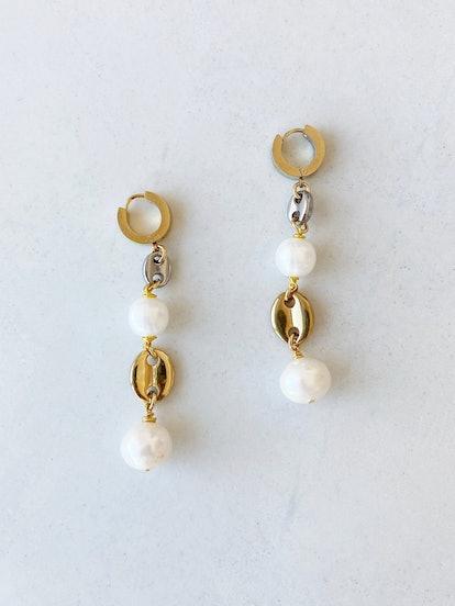 Crush On You Pearl Earrings