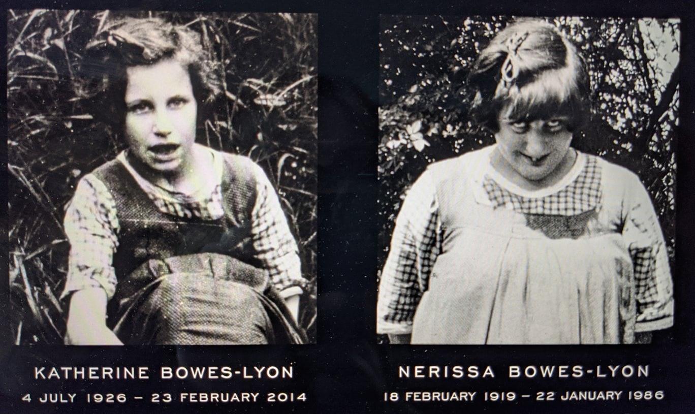 Katherine y Nerissa Bowes-Lyon.