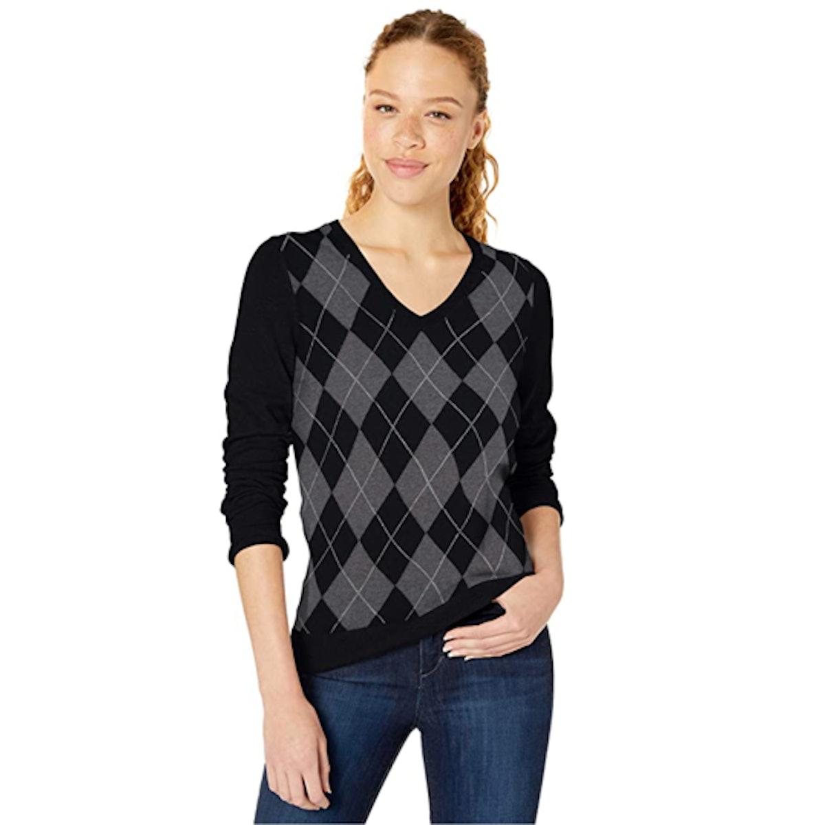 Amazon Essentials Classic Fit V-Neck Sweater