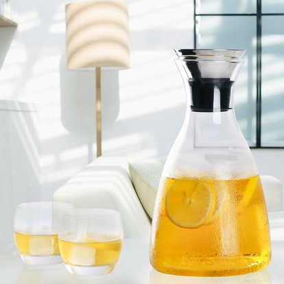 Hiware Glass Pitcher