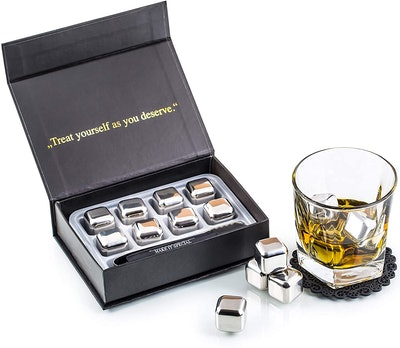 Amerigo Exclusive Whiskey Stones Gift Set