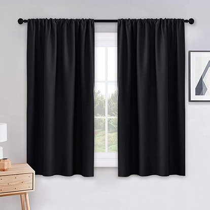 PONY DANCE Bedroom Blackout Curtains (2-Piece)