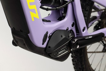 Shimano's EP8 mid-drive motor on the Santa Cruz Bullit MX.